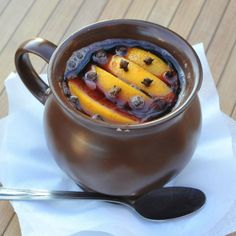 Holiday Healthy Punch: Mulled Wine