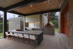 House b2 by Jaime Ortiz de Zevallos, Peru