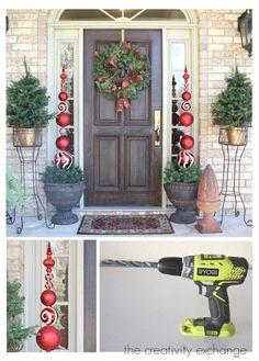 12 Jolly DIY Door Displays to Greet Christmas Houseguests!   GleamItUp