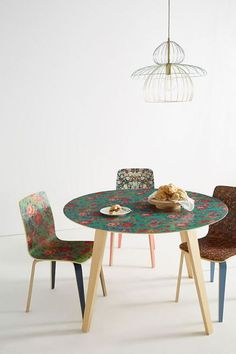On @elledecor site I found this wonderful table from @anthropologie  #diningroom #table colors #light #homedecor #interiors #anthropologie #elledecor