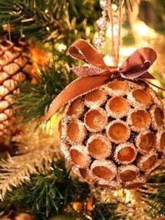 Ajouter des élements naturels à la déco de Noel                              …