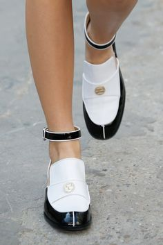 Chanel Spring 2015 Ready-to-Wear - Collection - Gallery - Look 42 - Style.com