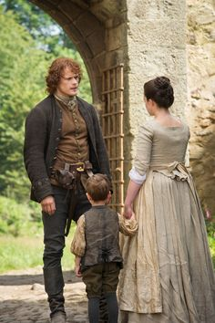 "Jamie Fraser (Sam Heughan) and Jenny (Laura Donnelly) in ""Lallybroch"" of Outlander on Starz via Outlander TV News"