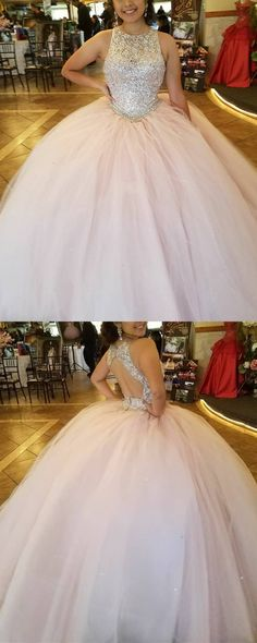 Light Pink Tulle Ball Gowns Quinceanera Dresses Sequins Beaded Scoop Neckline With Keyhole Back Design