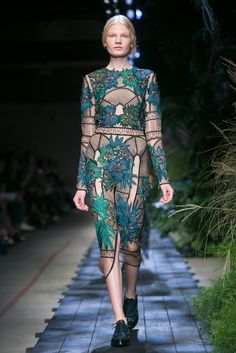 What I wore to botanical garden party / A look from the Erdem Spring 2015 RTW collection. (photo: Nowfashion)