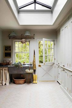 Design ideas for utility rooms. Boot rooms, laundry rooms and flower rooms to style up the hardest working rooms in the house. Laundry Room Design, Kitchen Design, Laundry Rooms, Cupboard Design, Kitchen Interior, Boot Room Utility, Utility Sink, Utility Room Designs, Utility Room Ideas