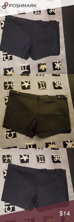 Torrid Sleek front trouser shorts size 28w new wit Torrid Sleek front trouser shorts new without tags size 28w only 2 and stop by now or forever hold your peace remember items are listed on multiple sale sites you do not want to miss out on this one all the 28 in the khaki color sold out so quickly items app for a discount purchase three or more items in a bundle and you get 5% off thanks for stopping by for my closet to yours check out my seller page from where items that may interest you…