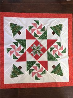 Christmas Tree Quilt, Christmas Crafts, Xmas, Modern Quilting, Quilting Ideas, Celebrating Christmas, Contemporary Quilts, Quilt Top, Fort Worth