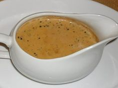 Easy pepper sauce with thermomix. Here is a recipe for Pepper Sauce, easy and quick to prepare at home with the thermomix. Hamburger Sauce, Au Poivre Sauce, Sauces Thermomix, Sauce Recipes, Beef Recipes, Creamy Peppercorn Sauce, Cooking Chef, Vegan Recipes Easy, Vegetable Dishes