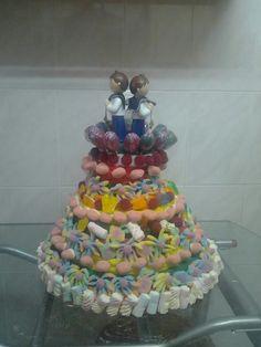 La tarta de Comunion de mi sobrino y mi hijo La primera,que hice sin gluten