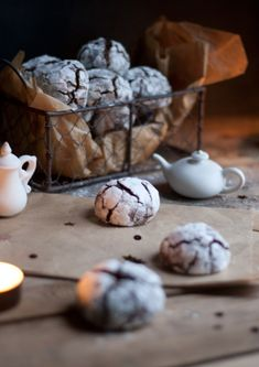 Crinkles – Recipes Cookies & Biscuits … – Famous Last Words Biscuit Recipe, Cookies Et Biscuits, Chip Cookies, Christmas Desserts Easy, Fall Desserts, Cookie Recipes, Snack Recipes, Gourmet Gifts, Pumpkin Spice Cupcakes