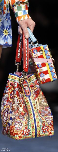 Trending Fall 2015 & Spring 2016 - Carrying Two Handbags (image features: Dolce Gabbana Spring 2016 RTW)