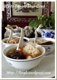 Snow Fungus Pear Sweet Soup (冰糖银耳炖雪梨) - Guai Shu Shu Chinese Deserts, Cantonese Restaurant, Sweet Soup, Red Dates, Apricot Kernels, Pressure Cooking, Taste Buds, Fungi, No Cook Meals