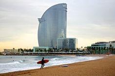 Barcelone, Plage et W. Photographie : Les Jolis Mondes