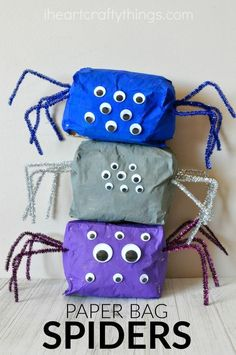 This stuffed paper bag spider craft is a great Halloween kids craft or make it…