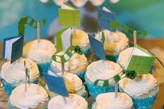 Tiny books: cupcake toppers