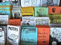 23 Clever DIY Christmas Decoration Ideas By Crafty Panda Art Zine, Buch Design, Sketch Inspiration, Handmade Books, Book Making, Art Plastique, Bookbinding, Art Sketchbook, Magazine Design