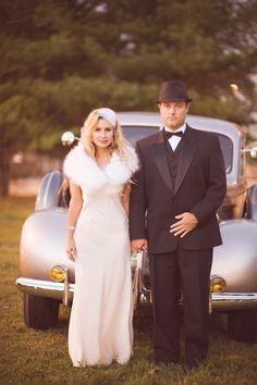 Vintage 1930s inspired engagement shoot