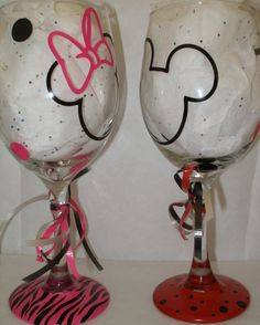 Mickey and Minnie Mouse wine glasses