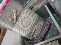 Casamento de Larissa & Junior - Kit Toaletes Completo(0028/0088CAS), Suporte para Vidraria (0004CAS) e Aromatizadores Ambiente com buquet de Flores Difusoras Linha Luxury (550ml) - Tudo em Caixas
