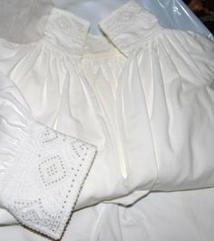 Blouse with hand embroidery