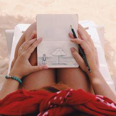 Drawing on the beach ❤️  Raíssa Bulhões