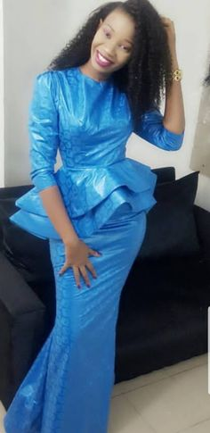Are you a fashion designer looking for professional tailors to work with? Gazzy Consults is here to fill that void and save you the stress. We deliver both local and foreign tailors across Nigeria. Call or whatsapp 08144088142 Latest African Fashion Dresses, African Dresses For Women, African Print Fashion, African Attire, African Wear, African Women, African Lace, Africa Fashion, African Prints