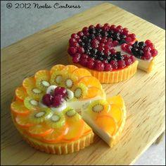 nom nom :P No Bake Desserts, Delicious Desserts, Dessert Recipes, Tart Recipes, Sweet Recipes, Tiny Food, Pastry Cake, Miniature Food, Mini Cakes
