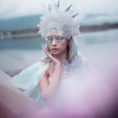 Wearable works of art Pictures of Rachel Sigmon - Page . Wearable works of art Sigmon Pictures - P Fantasy Portraits, Paranormal Romance, Fantastic Art, Awesome, Cultura Pop, Fantasy Books, Photography Women, Art Pictures, Wearable Art