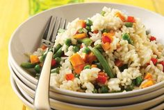Rice with vegetables from Argiro Vegetable Rice, Food Categories, Fried Rice, Risotto, Kai, Smoothies, Grains, Food And Drink, Vegetarian