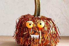 No Carve Pumpkin Tinsel Monster Spirit Halloween, Spooky Halloween, Halloween Pumpkins, Halloween Decorations, No Carve Pumpkin Decorating, Pumpkin Carving, Pumpkin Painting, Biggest Pumpkin, Autumn Activities
