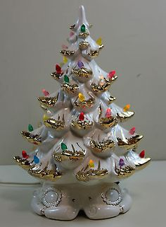 Vintage 1980 s Ceramic Atlantic Mold 16 Tall White Christmas Tree w Gold Accent Vintage White Christmas, Vintage Ceramic Christmas Tree, Purple Christmas, Antique Christmas, Vintage Christmas Ornaments, Modern Christmas, Rustic Christmas, Christmas Diy, Handmade Christmas