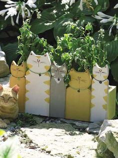 Crafts - For the Garden - Cat Planter