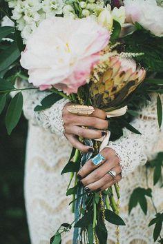 Protea Bouquet   Pro