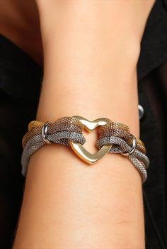Top Trends in Online Shopping Site in Turkey Products Trendyol Jewelry Knots, Bracelet Knots, Scarf Jewelry, Leather Jewelry, Wire Jewelry, Jewelry Crafts, Macrame Bracelet Patterns, Beaded Jewelry Patterns, Handmade Bracelets