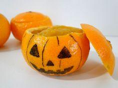 Receta de crema de mandarina sin azúcar apta para diabéticos. Fácil de hacer, riquísima, y con sugerencias de presentación para cada día o para Halloween.
