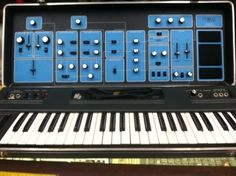 MATRIXSYNTH: MOOG SONIC SIX 6 VINTAGE 1970'S ANALOG SYNTHESIZER...