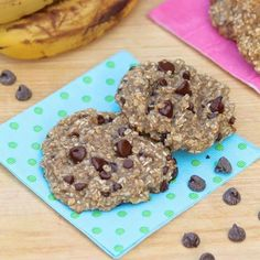 Half cup of quik oats. Half a cup of banana. Mashed, 2 tb, of ch chips. Or nuts. Bake for 15min
