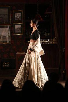 INDIA COUTURE WEEK (ICW) – SABYASACHI MUKHERJEE'S RUNWAY SHOW