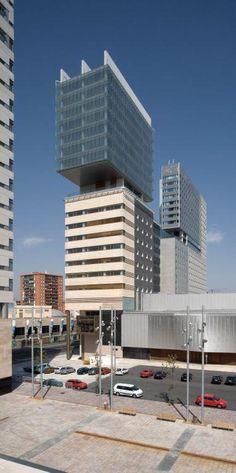 Edificio oficinas Forum Barcelona. Arquitectura y diseño