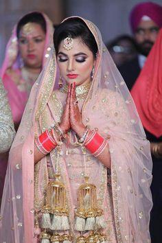 Indian Bridal Fashion, Indian Bridal Wear, Desi Wedding, Wedding Attire, Wedding Makup, Punjabi Bride, Sikh Bride, Punjabi Wedding, Best Bridal Makeup