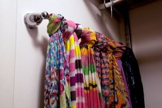 towel rack to hold scarves