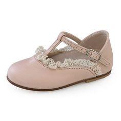 Παπούτσια βάπτισης για κορίτσια PLK 84. Keds, Sneakers, Shoes, Fashion, Tennis, Moda, Slippers, Zapatos, Shoes Outlet