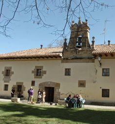 Albergue de peregrinos Nuestra Señora de Carrasquedo, Grañón, La Rioja #CaminodeSantiago