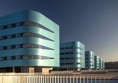 Galeria de Novo Hospital Álvaro Cunqueiro / Luis Vidal + architects - 1