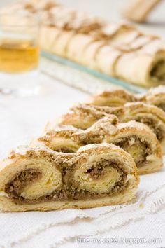 Anina štrudla sa orasima / Ana's walnut strudel | Bite my cake