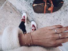 Greta Ring in 18K Gold with diamonds