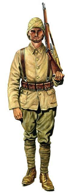 Żołnierz piechoty tureckiej uzbrojony w karabin Mauser wz. 1890