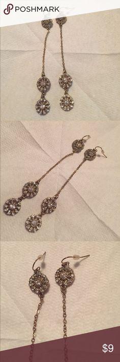 🆕dangle earrings New dangle earrings with crystals. Jewelry Earrings