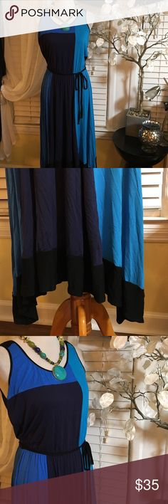 """Ann Taylor Maxi Dress Stunning dress , it's very comfortable, made of rayon and spandex, length is 48"""" , asymmetrical bottom Ann Taylor Dresses Asymmetrical"""